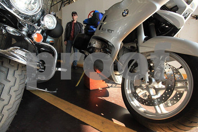 All motorcycles must be supported with blocks on Canadian ferries to prevent tipping over.