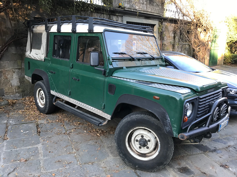 Land Rover Defender 110 Series Utility