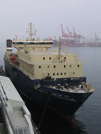 Cable Laying Ship