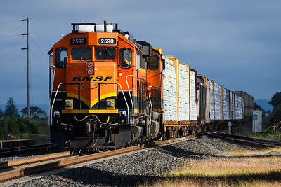 BNSF 2590 southbound through Stanwood