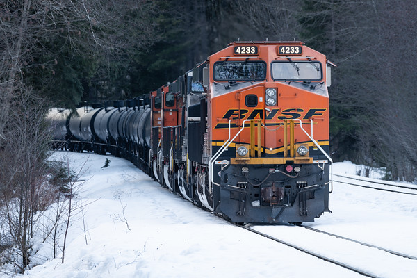 BNSF train pulling up the mountain