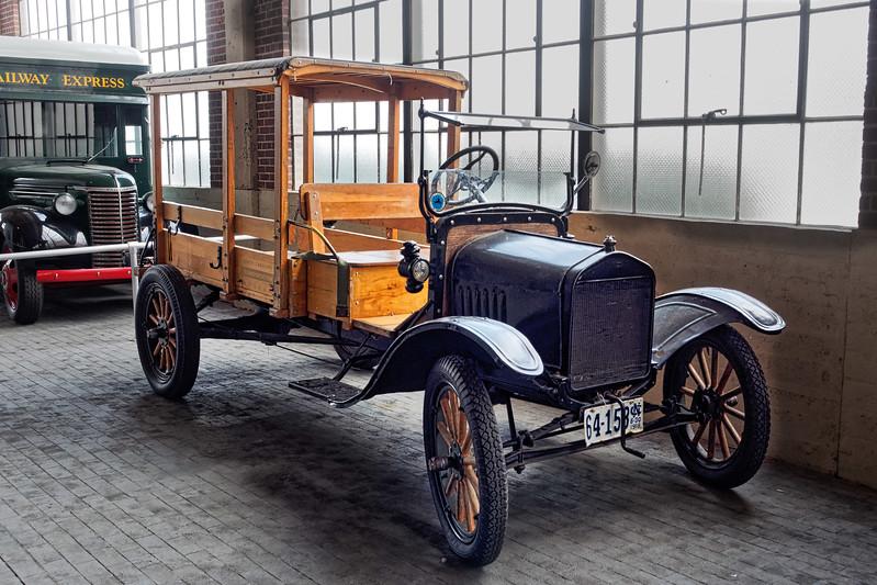 1918 Antique Car
