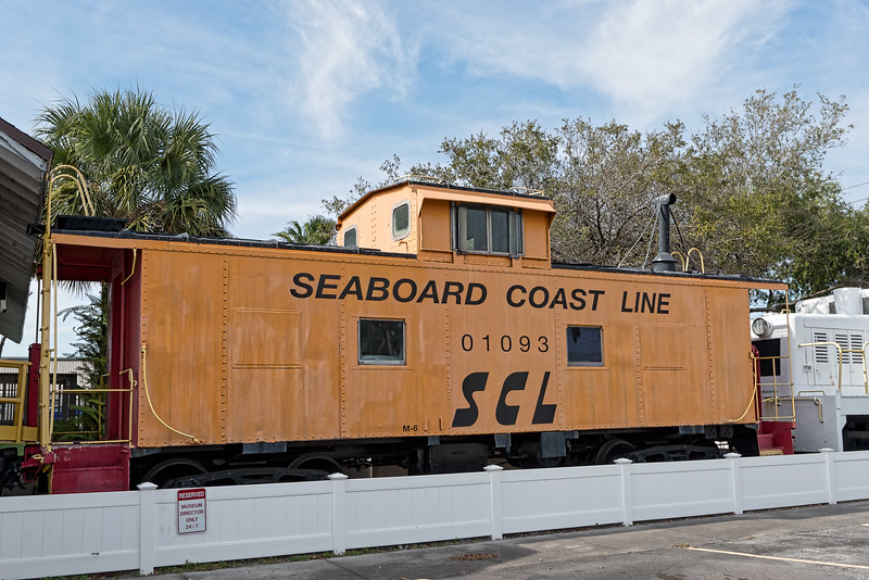 Seaboard Coast Line Railroad Caboose No. 01093