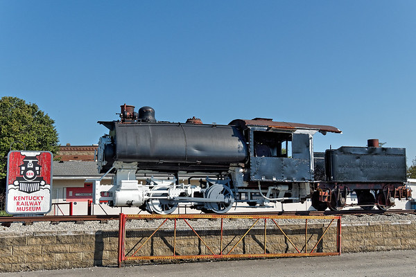 Locomotive at Entrance to Kentucky Railway Museum