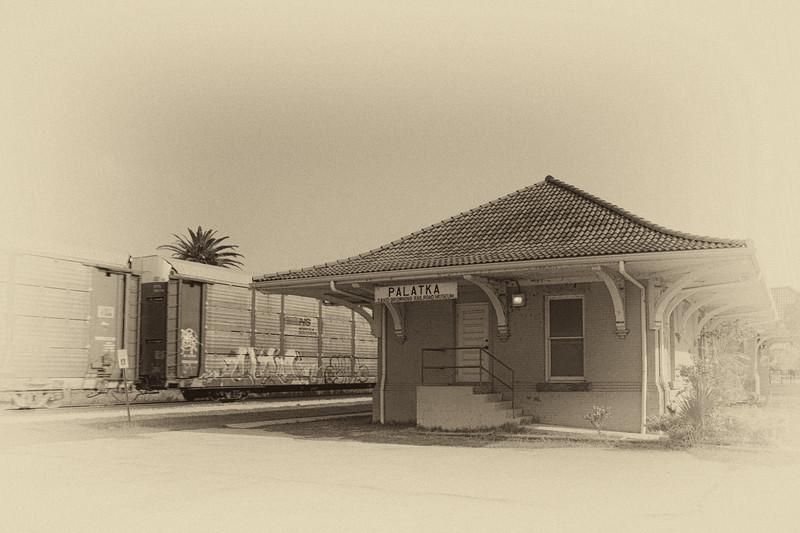 Palatka train station