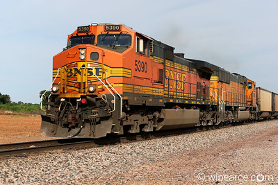 BNSF 5390 heading up the coal train between Amarillo, TX and Albuquerque, NM