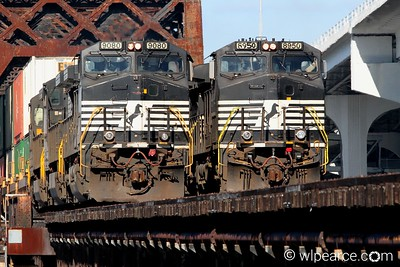Twin Horses on the FEC bridge downtown Jacksonville.  Norfolk Southern 9080, 8950.  Notes Here.