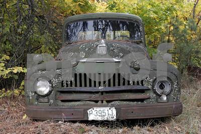 An old International pick up in Klickitat, WA.