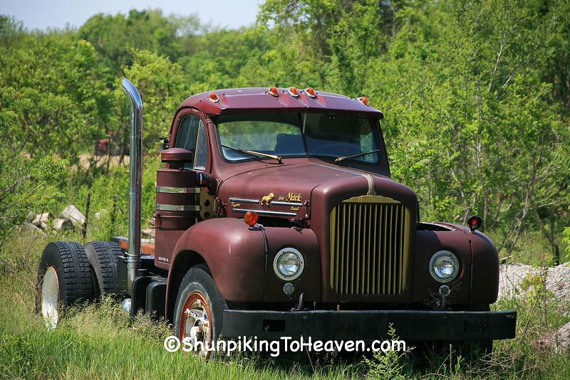 1962 Mack B-61 Semi Truck, Van Buren County, Michigan