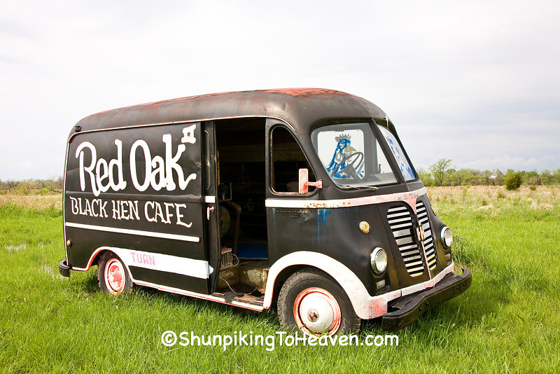 International Metro S-120 Delivery Van, Red Oak II, Jasper County, Missouri
