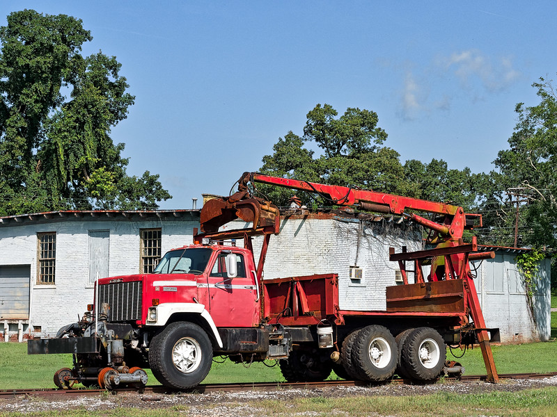Bridgeport GMC Power Shovel Railroad Truck