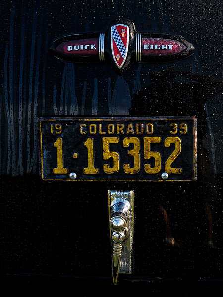 1939 Buick 60 Century Trunk Insignia and Plate