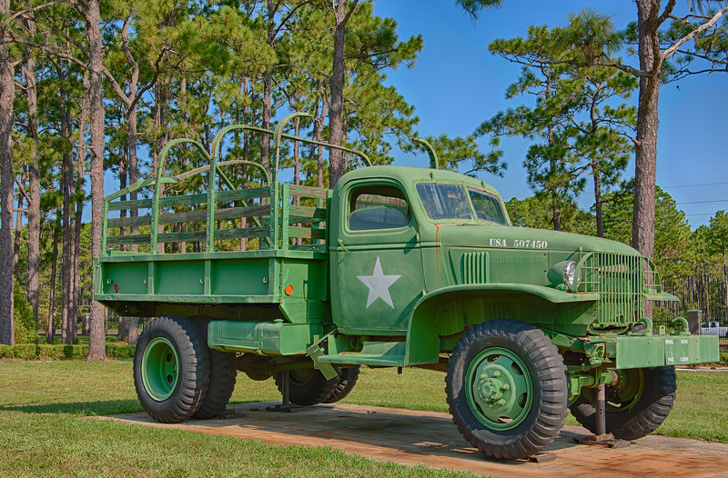 Army 1 1/2 Ton Cargo Truck