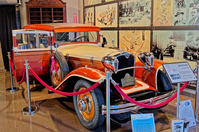 1929 Ruxton Sedan
