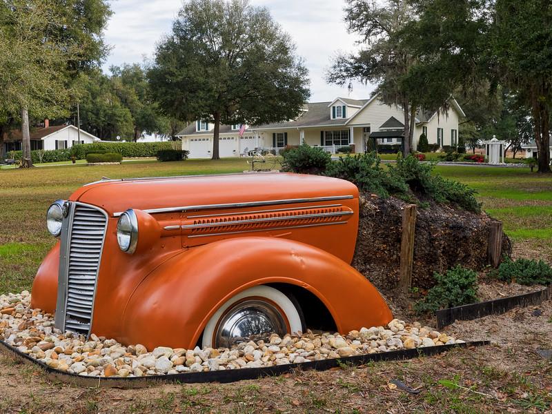 1937 Dodge Planter in Floral City Yard