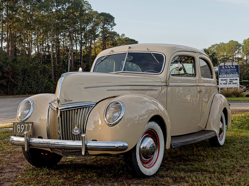 1939 Ford Deluxe at Evans Automotive