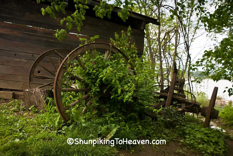 Pioneer Wooden Wagon Wheels and Frame, Rabbit Hash, Kentucky