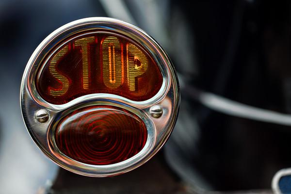 Brake Light: STOP!