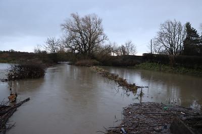 Kirkliston looking east to River Avon