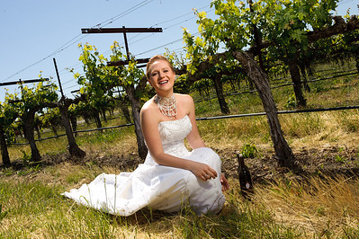1795-d3_Stacy_Trash_the_Dress_Livermore_White_Crane_Winery