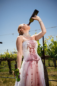 1835-d3_Stacy_Trash_the_Dress_Livermore_White_Crane_Winery