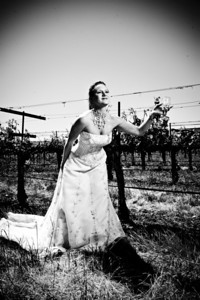 1819-d3_Stacy_Trash_the_Dress_Livermore_White_Crane_Winery
