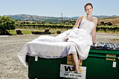 1790-d3_Stacy_Trash_the_Dress_Livermore_White_Crane_Winery