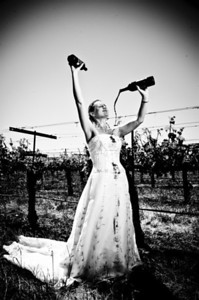 1823-d3_Stacy_Trash_the_Dress_Livermore_White_Crane_Winery
