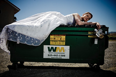 1782-d3_Stacy_Trash_the_Dress_Livermore_White_Crane_Winery