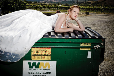 1777-d3_Stacy_Trash_the_Dress_Livermore_White_Crane_Winery
