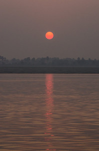 Dawn On The Ganges (III)