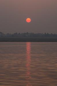 Dawn On The Ganges (III)