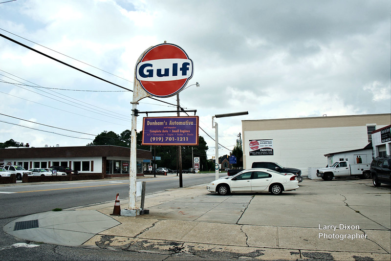 A Gulf sign from days long ago