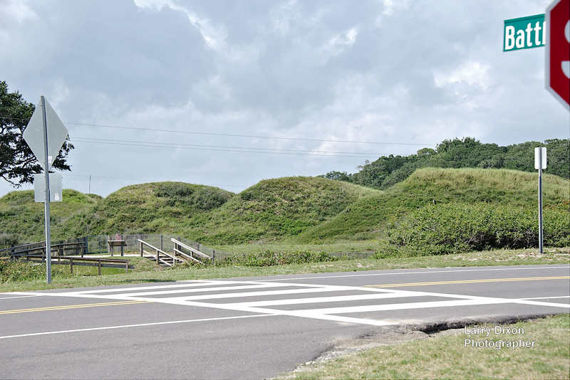 This fort used earthen mounds rather than wooden barricades