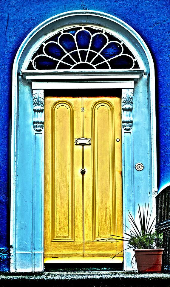 yellow blue dublin door2