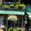 Lunch in Bruekelen, in a cafe with a balcony garden -