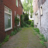 Eliot liked this long, narrow front yard.