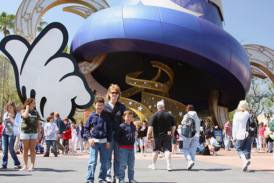 Mickey's Sorcerer's Hat - Hollywood Studios