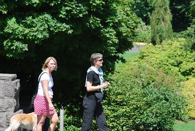 Toni's Visit, Portland OR 8-10-09 006