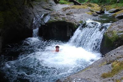 Bagby Hot Springs, Estacada OR 9-3-09 055