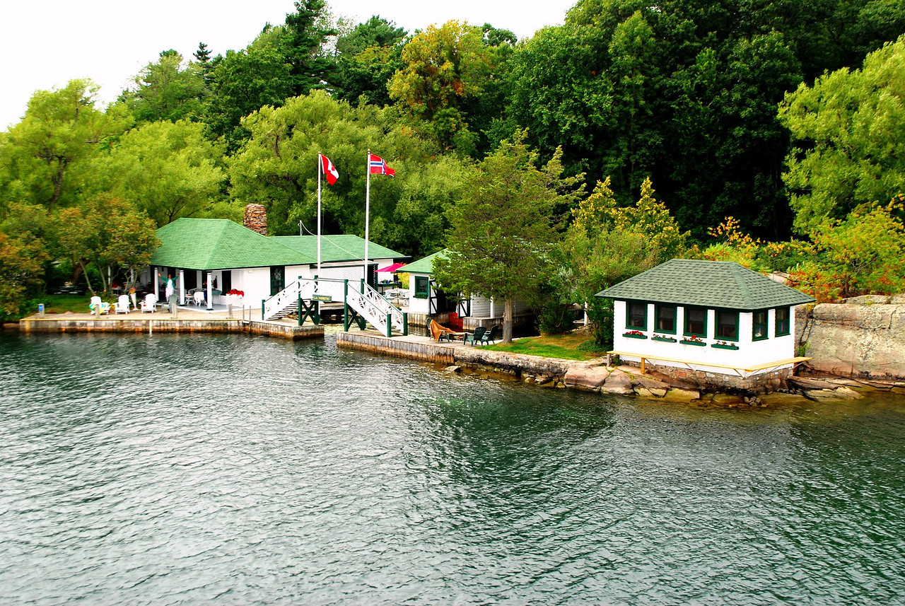 8-25-13 1000 Islands Cruise,  Kingston, Ontario 084