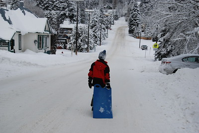 Heading out for some sledging at Rossland. Dec 2016.