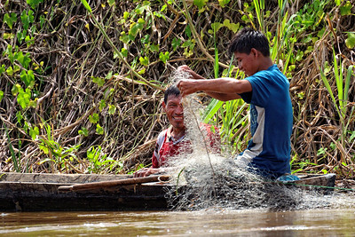 Fishing along the Pacaya River - M