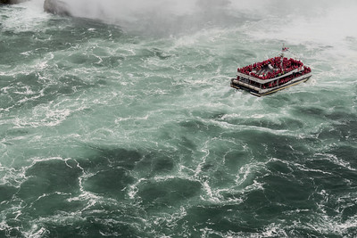 Horseshoe River, Niagara Falls, Canada