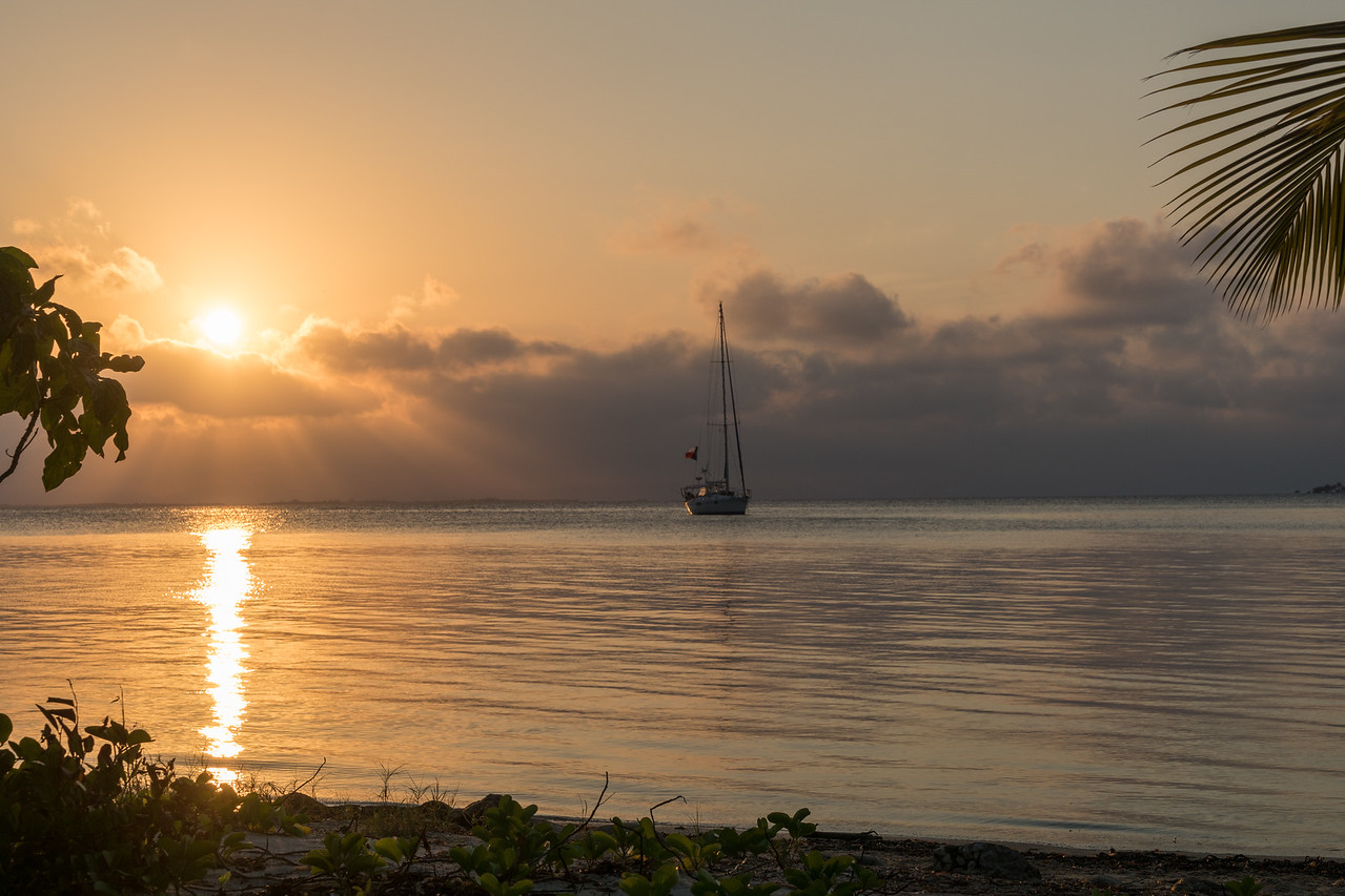 Caribbean sunset, South Water Caye, Belize