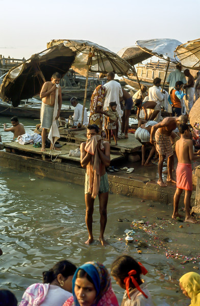 Early morning at the Ganges, Oct 27 1978