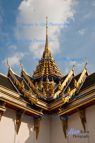 Dusit Maha Prasat Throne Hall, Grand Palace, Bangkok, Thailand