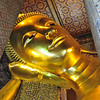 The reclining Buddha statue.