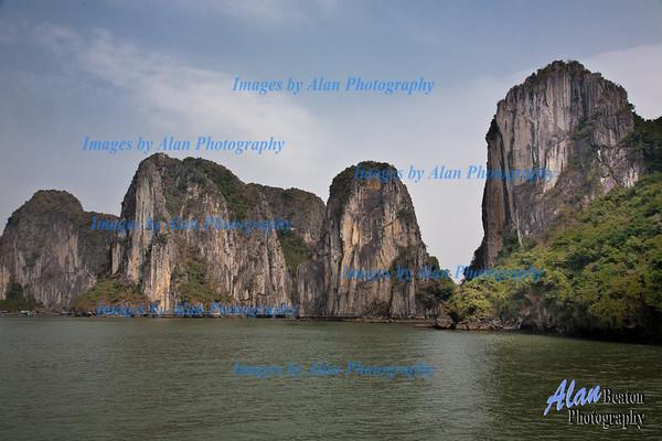 The beauty  of Ha Long Bay