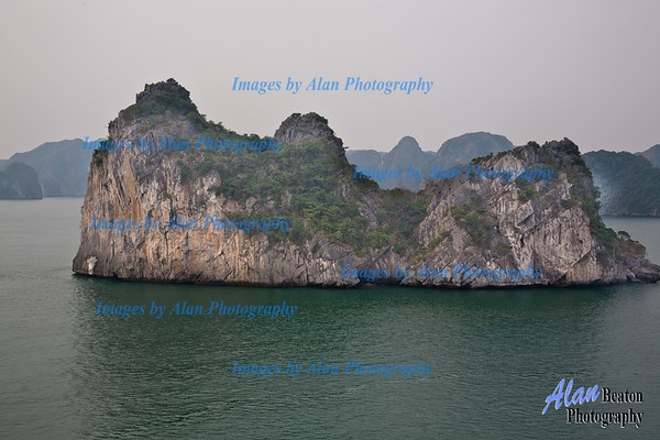 Many karst formations and islands